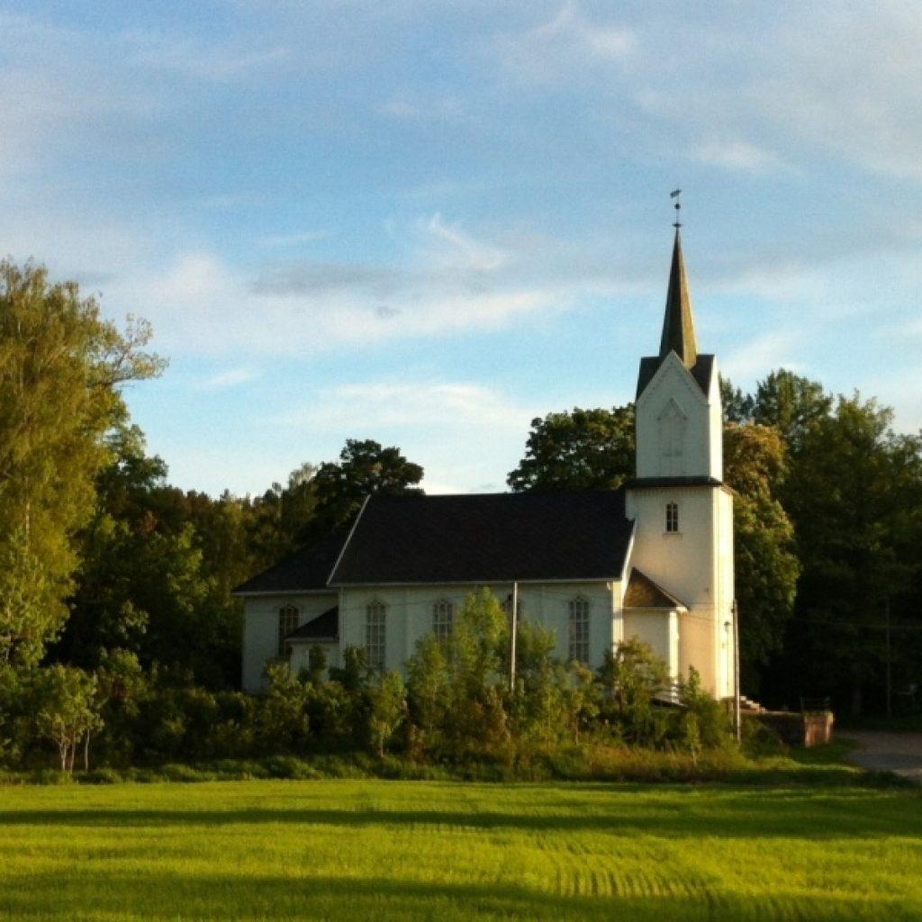 Holmsbu kirke